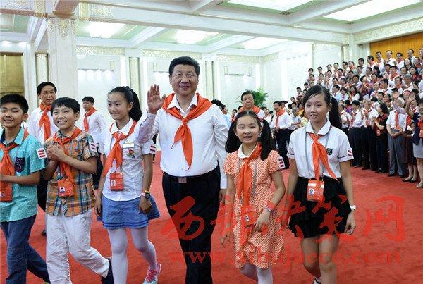 """""""大朋友""""习近平寄语儿童:美丽的中国梦属于你们"""