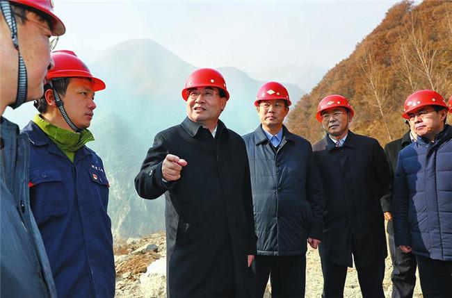 省委书记、省长胡和平在调研秦岭生态保护工作