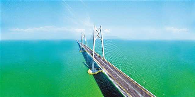 近3000重庆人参与港珠澳大桥建设