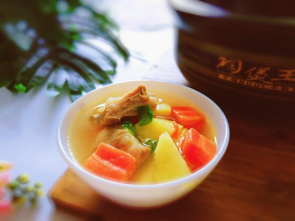 排骨土豆汤的做法