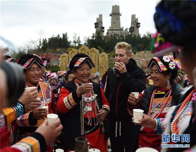 <b>千年文化孕生机――羌族非物质文化遗产传承与保护见闻</b>