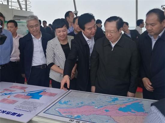 湖北省省长王晓东调研长江岸线洪湖段专项整治工作