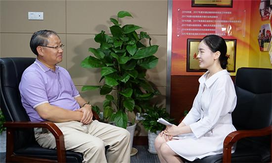 唐冠军:坚持生态优先 让长江航运充满绿色基因