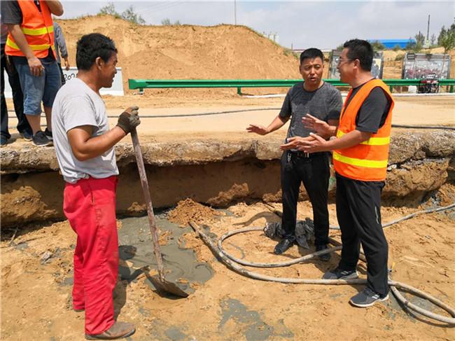榆靖公路无定河水毁路段加快修复进度 工程施工进展良好