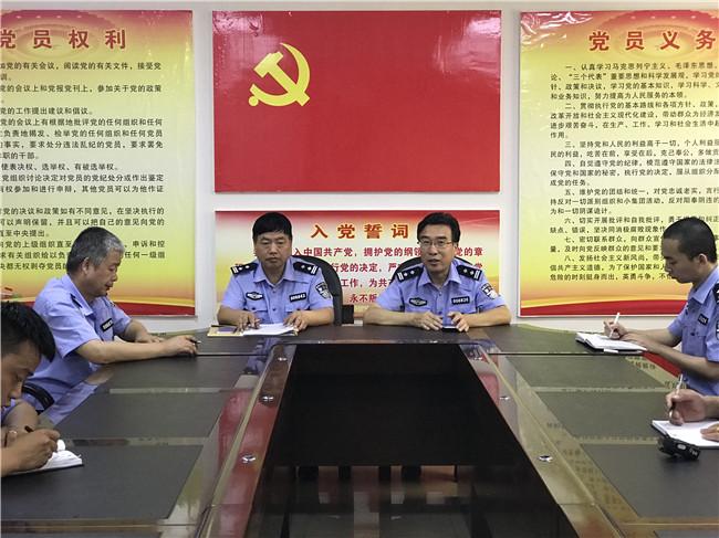 渭南市澄城县交警大队积极开展辅警谈心活动促进队伍凝
