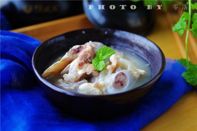 蚕豆大骨汤的做法