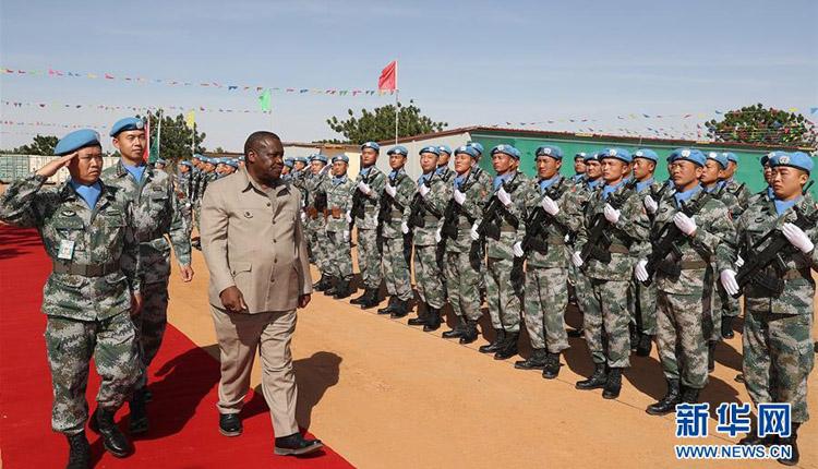 """中国一支维和工兵分队全部官兵获联合国""""和平荣誉""""勋"""