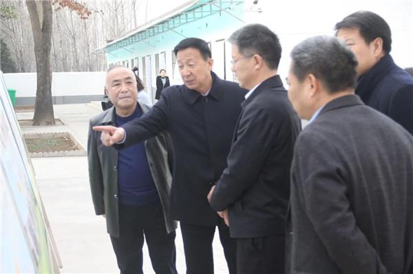 宝鸡市委副书记尹清辽到凤翔县调研指导工作
