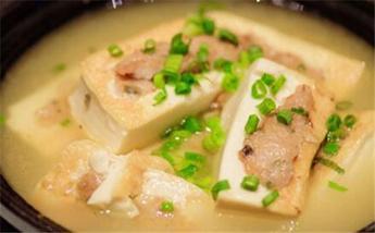 吃豆腐要讲究 推荐这四种搭配