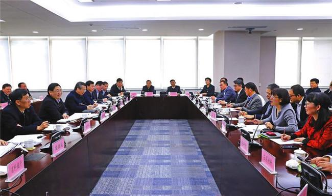 胡和平深入部分外资企业调研并召开座谈会
