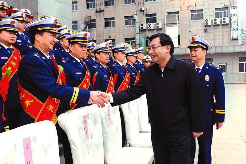 胡和平:以实际行动当好三秦人民美好生活守护者