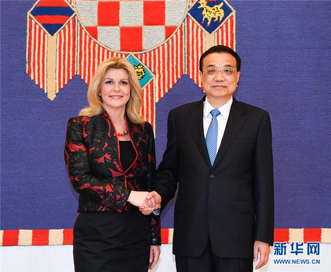 李克强会见克罗地亚总统基塔罗维奇