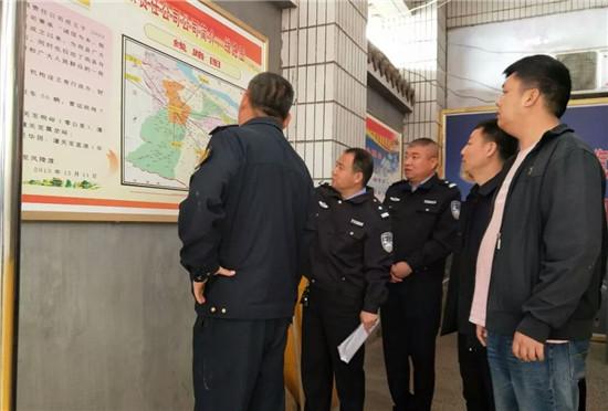 渭南潼关县交警大队车管所深入县运输企业开展安全隐患大排查