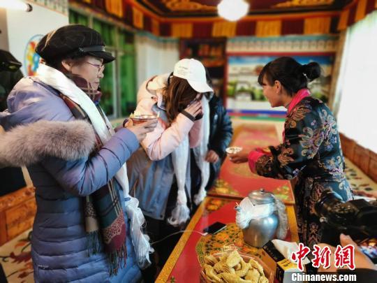 西藏旅游产业2018年帮扶3.2万贫困人口脱贫