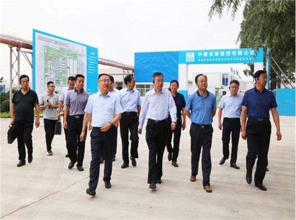 宝鸡市人大常委会主任、党组书记马秉寅到西凤集团公司