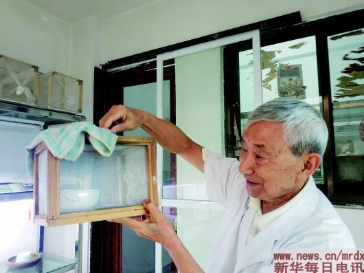 """云南寄生虫病防治所专家董学书:和蚊子68年的""""爱恨情"""