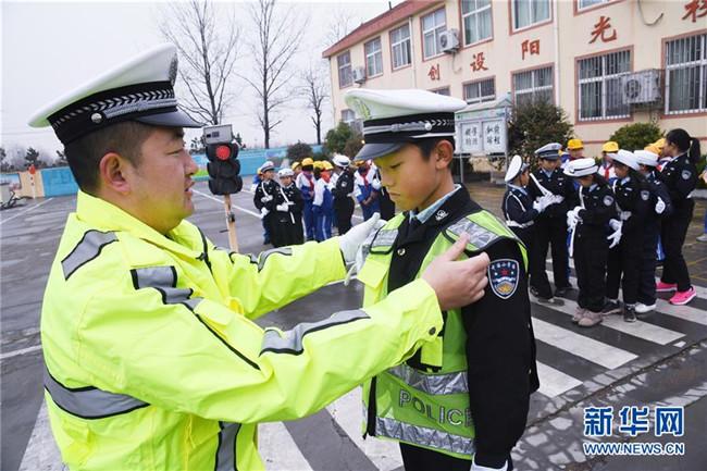 山东即墨:交通安全进校园