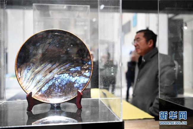 2000余件陶瓷藏品亮相重庆荣昌