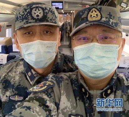 """【新华网连线湖北】一对""""宝爸""""好兄弟 两次生死战疫"""
