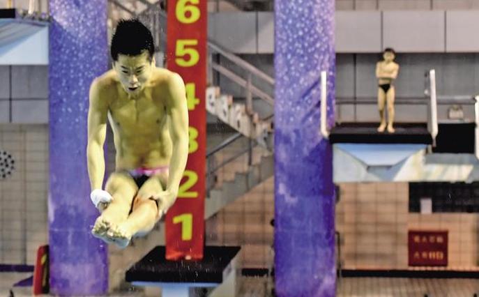 """陕西""""梦之队""""的水舞精灵――陕西游泳跳水队全力备战十四运会"""