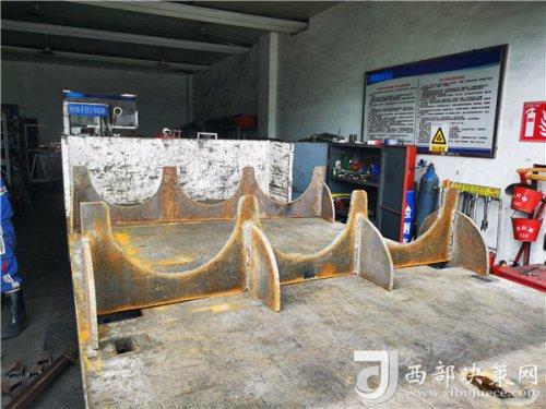 """陕北矿业柠条塔公司:""""小护架""""解决安全运输大问题"""