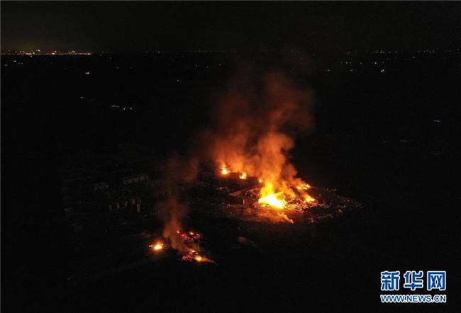 四川广汉市花炮厂起火爆炸事故致6人受伤