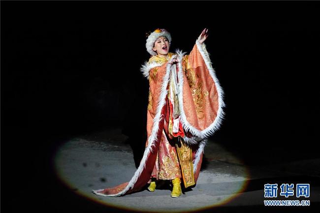 同心共筑中国梦――西藏奋力建设民族团结模范区