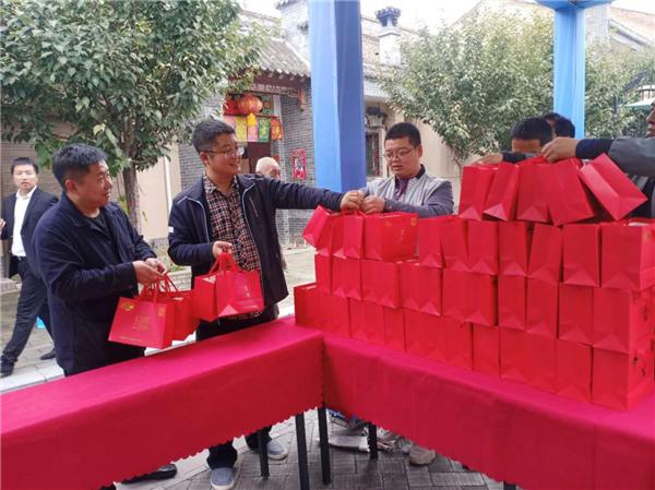 宝鸡凤翔县人社局:消费扶贫让贫困群众喜增收