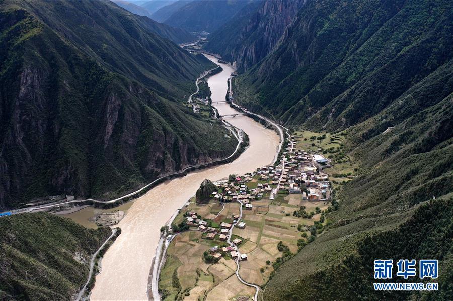 (西藏昌都解放70周年・图文互动)(8)西藏第一面五星红旗曾在这里升起