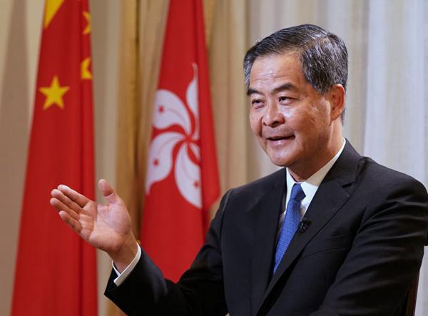 专访梁振英:克服当下困难,香港未来充满希望