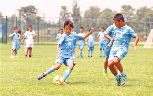 渭南市将建成44块社会足球场地
