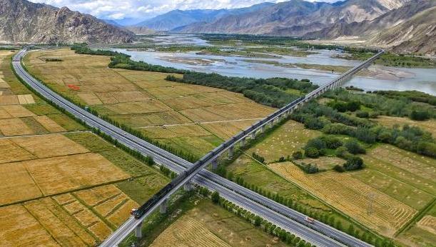 十个瞬间:影像背后的西藏70年变化