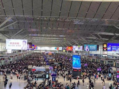 7月21日 西安火车站 西安北站途经郑州列车全部停运