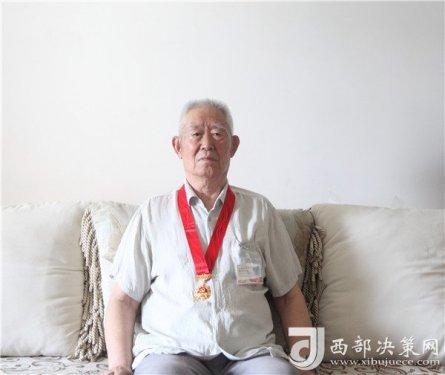 """当好人民的""""勤务员""""――记82岁""""水利老兵""""梁俊亭的"""